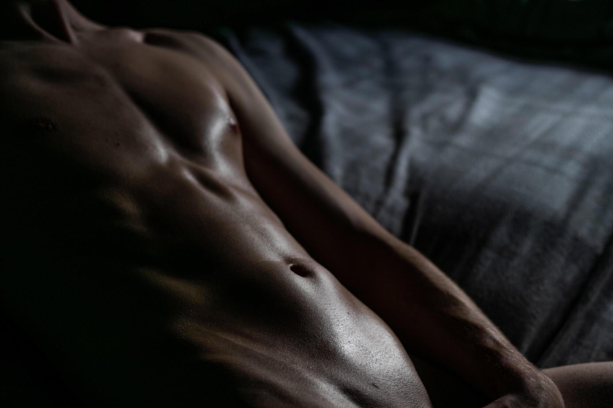 Powiększenie penisa za pomocą przedłużaczy – za czy przeciw?
