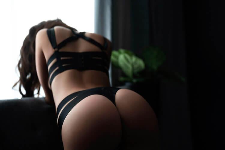 Zatyczka analna – czym jest i co z nią robić?